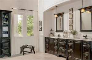 bathroom-cabinets-in-stockbridge-ga-black-shiny-vanity