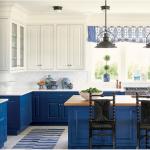 kitchen-design-in-Stockbridge-ga-cobalt-blue-base-cabinets-ivory-top-cabinets-butcher-block-island